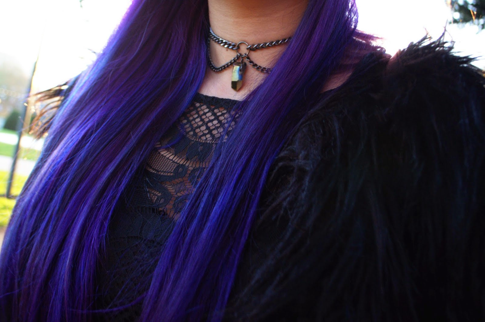 90s style crystal choker and purple hair. Grunge Style