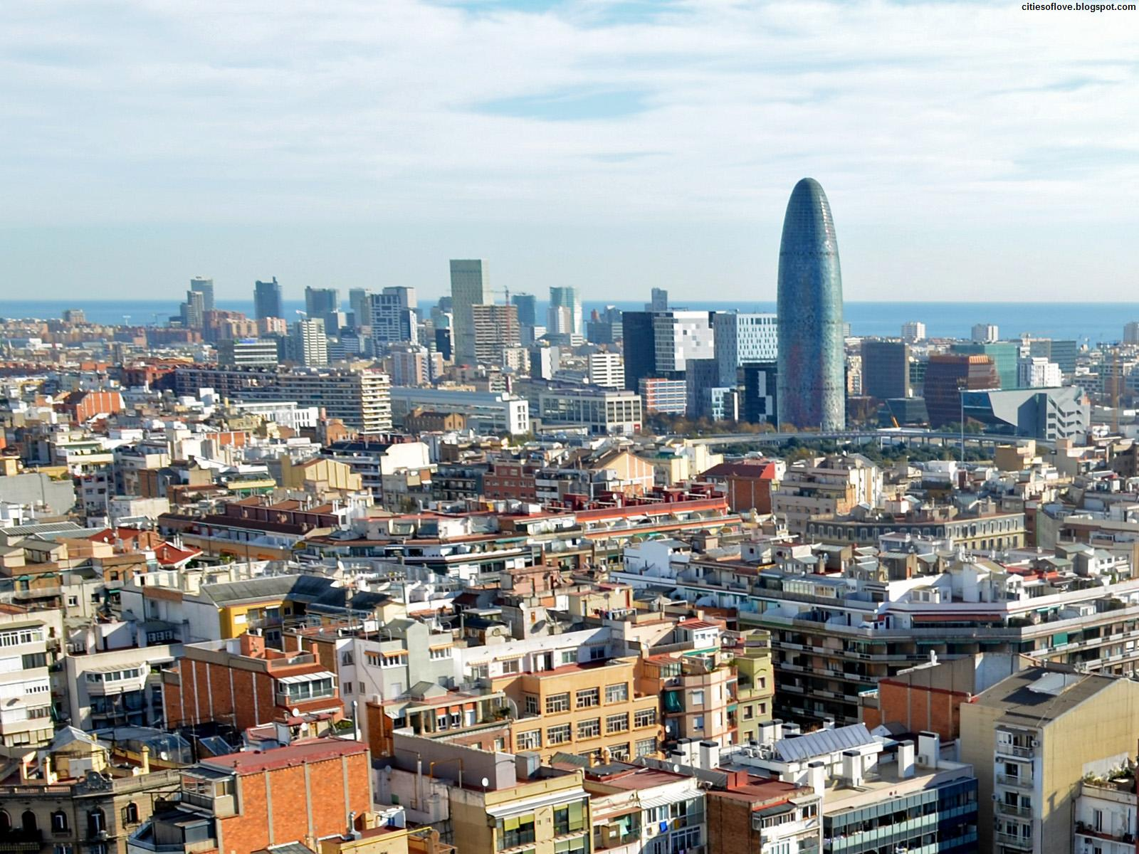 http://1.bp.blogspot.com/-OQvOzu4bM3U/UJ1-7ZU2HTI/AAAAAAAAIUg/YDO30MIj7_c/s1600/Barcelona_City_Overview_Beautiful_Capital_Of_Catalonia_Spain_Hd_Desktop_Wallpaper_citiesoflove.blogspot.com.jpg