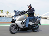 2012 BMW C650 GT Scooter pictures - 1