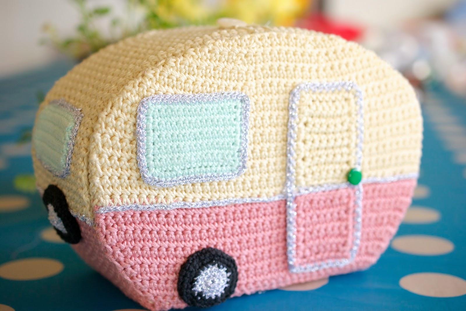Caravan Knitting Pattern : Greedy For Colour: My Vintage, Crochet Caravan!
