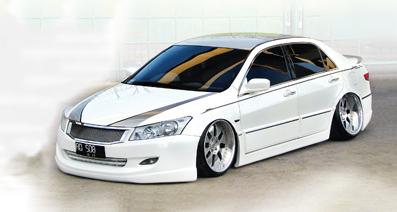 Honda Accord '04 : Bengawan Elegant