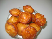 A sweet with rice and jaggery (Fried sweet)