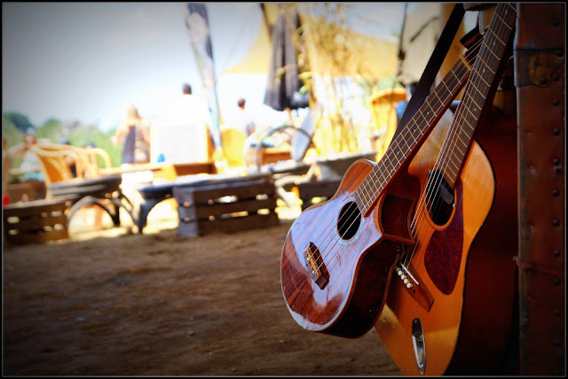 zomerfeesten, guitar