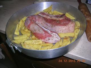costoletta di vitella con patate al forno - petto di  pollo in maionese  di soia e panatura croccanteura