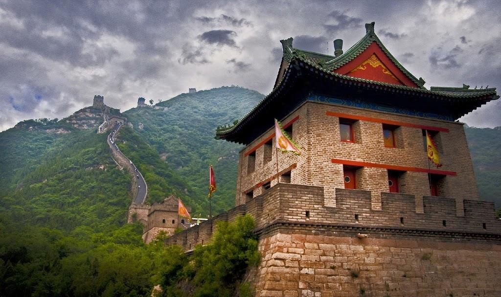 Uma das sete maravilhas do mundo moderno atributos for A grande muralha da china