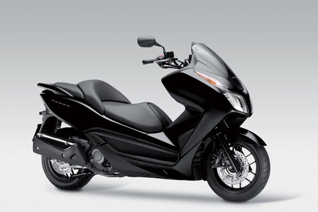 Honda NSS300 Forza Review