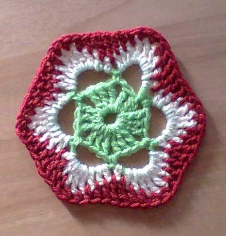 Free Patterns Crochet Motifs : KNITIT: Crochet Motif: Free Pattern No. 1