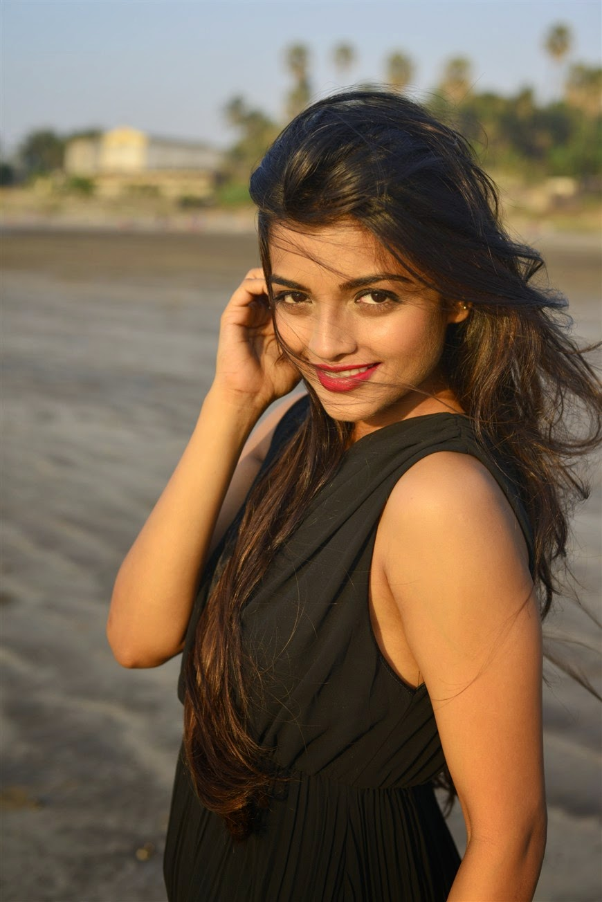 high quality bollywood celebrity pictures telugu actress ashna zaveri