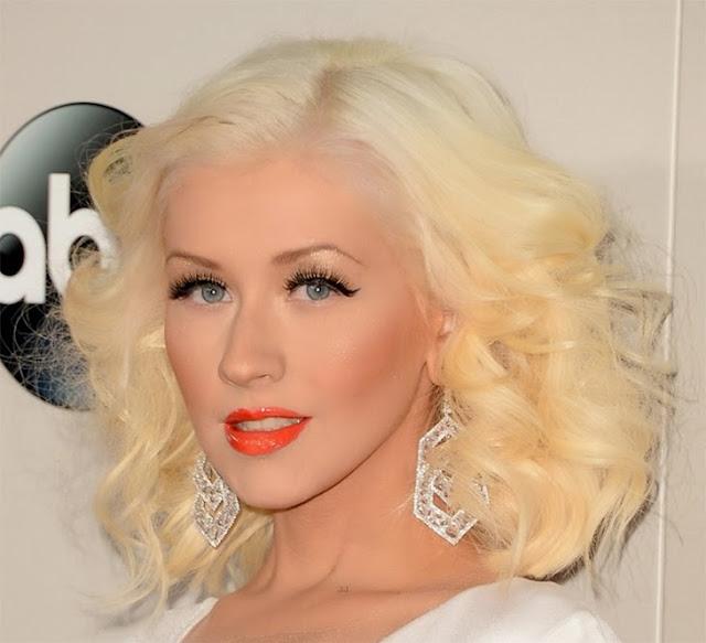 AMA 2013, Best Makeup, daniela pires, kelly, katy, rihanna, jennifer, taylor,