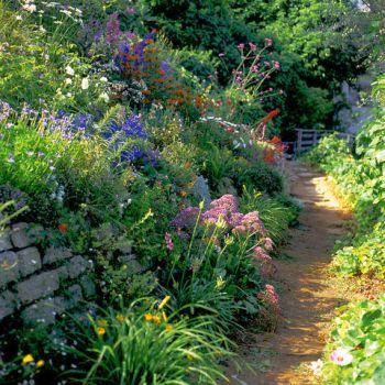 Green girly english gardens for English garden designs