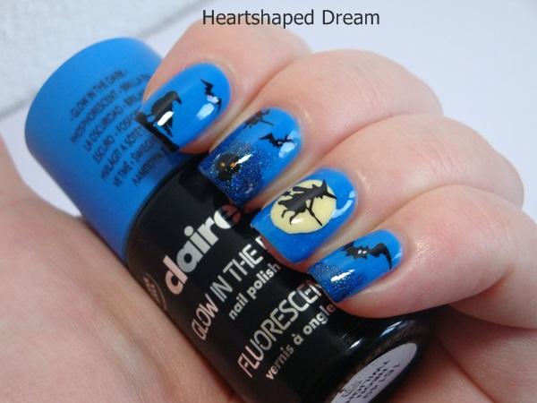 http://heartshapeddream.blogspot.com/2015/10/blue-friday-spezial-blue-hallows-eve.html