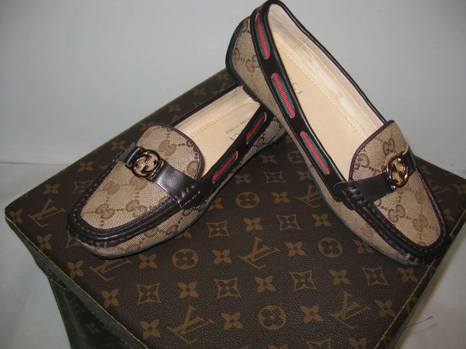 28b1b0cff6c1f Zapatos Louis Vuitton Mujer Mocasines www.artofmikemignola.com