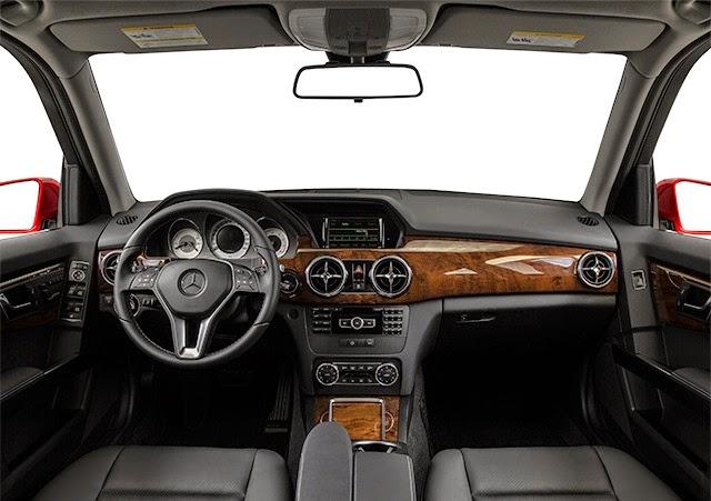 صورة داخلية لسيارة مرسيدس GLK 2015