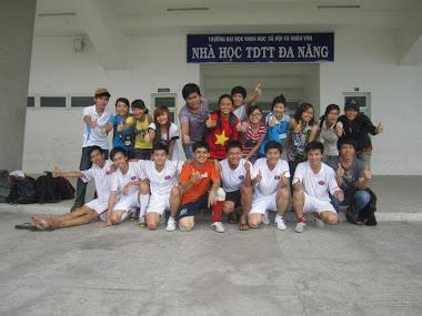 Đội Bóng Đá NVTQ