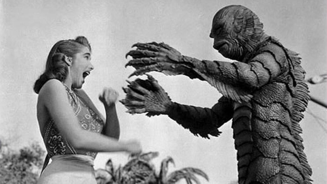 la mujer y el monstruo