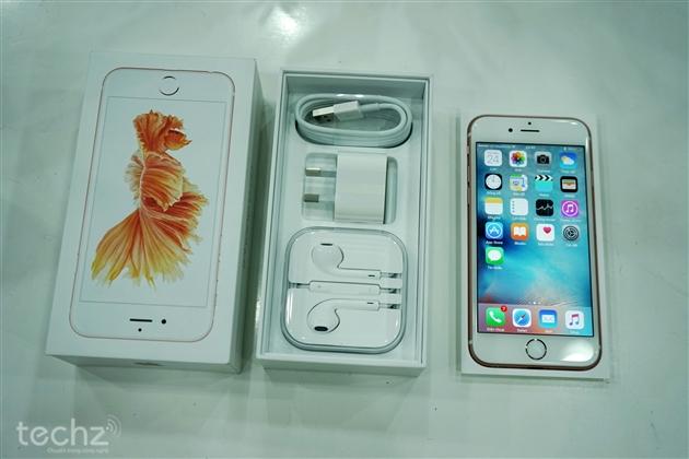 Cận cảnh bộ đôi iPhone 6S và iPhone 6S Plus đầu tiên có mặt tại VN
