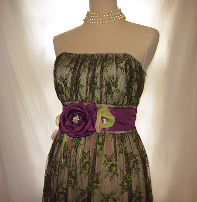 Handmade Belt and Embellished Women's Dress for Prom Party, Size Medium to Large