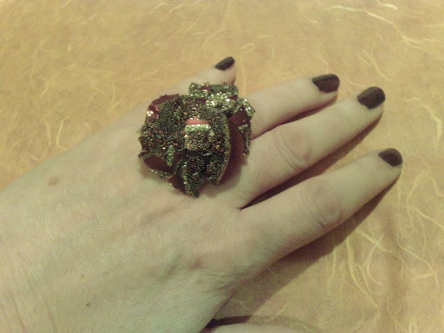 RING MADE FROM BROKEN CRISTMAS BALL