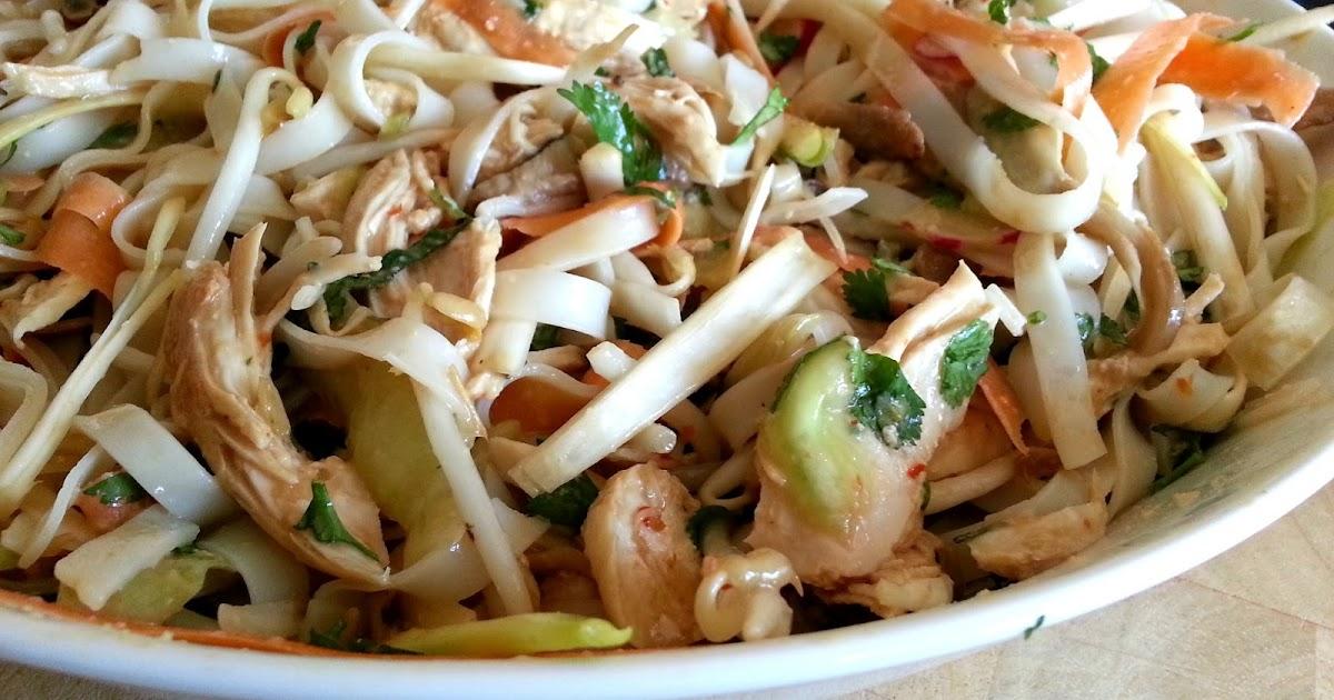 Slimming World Delights: Bang Bang Chicken Noodle Salad