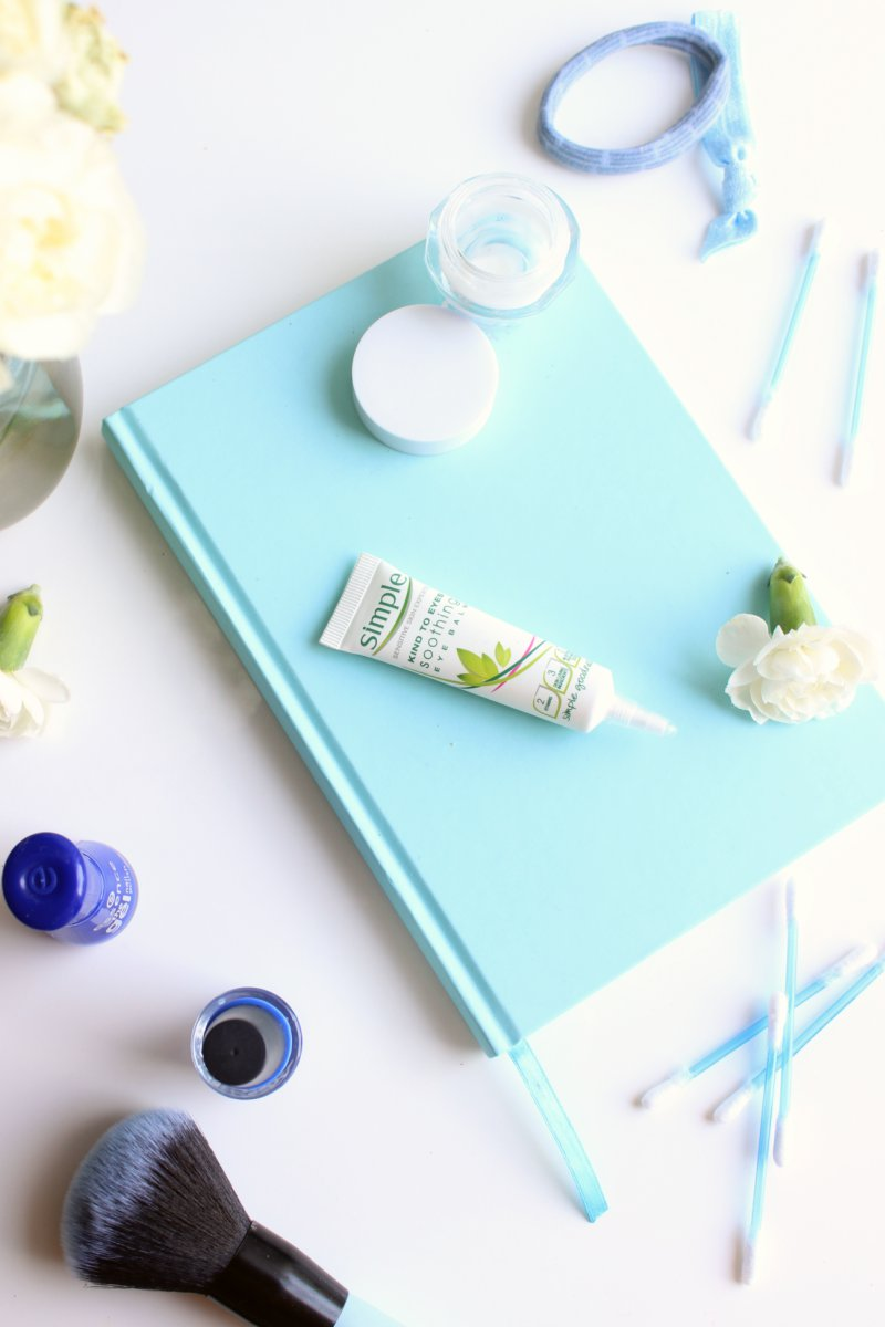 Simple Kind To Eyes Soothing Eye Balm Review