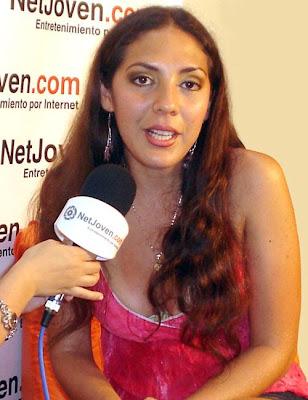 Nancy Castelo siendo entrevistada