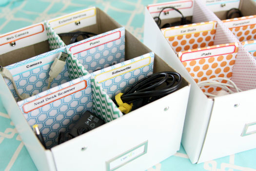 iheart organizing quick tip cute cord labels. Black Bedroom Furniture Sets. Home Design Ideas