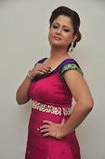 Shilpa Chakravarthy latest glam pics-thumbnail-13