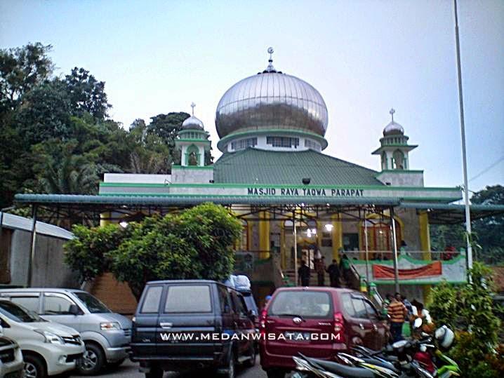 Masjid Taqwa di Parapat