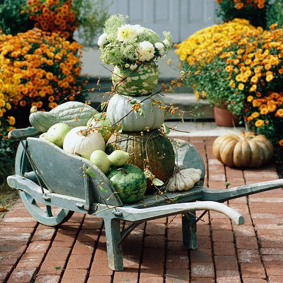 Fall Garden Decoration Ideas Photograph | Fall Outdoor Decor