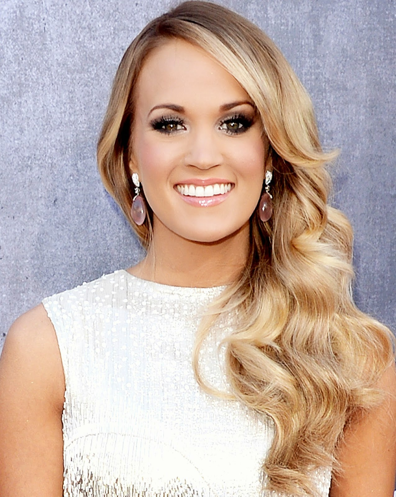 Meghan Markle Wikipedia >> The Latest Celebrity Picture: Carrie Underwood