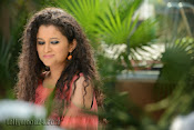Pora Pove Movie photos Gallery-thumbnail-5