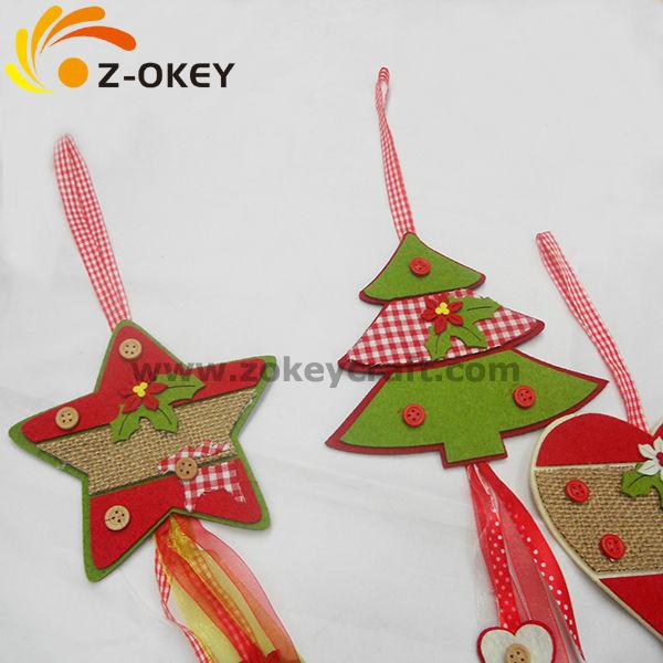 fieltro de colores botones cordn diferentes adornos para navidad en fieltro adornos para colgar al rbol de navidad muy faciles y bonitos en fieltro