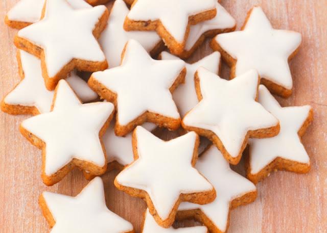 Μπισκότα βουτύρου με γλάσο ζάχαρης!
