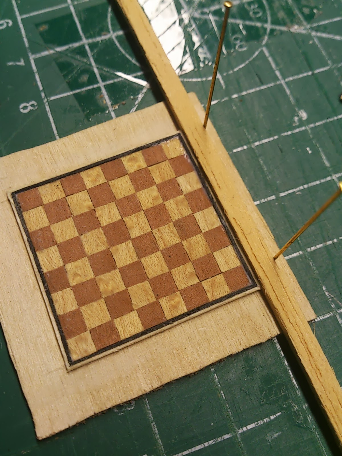 how to make a chess board out of veneer
