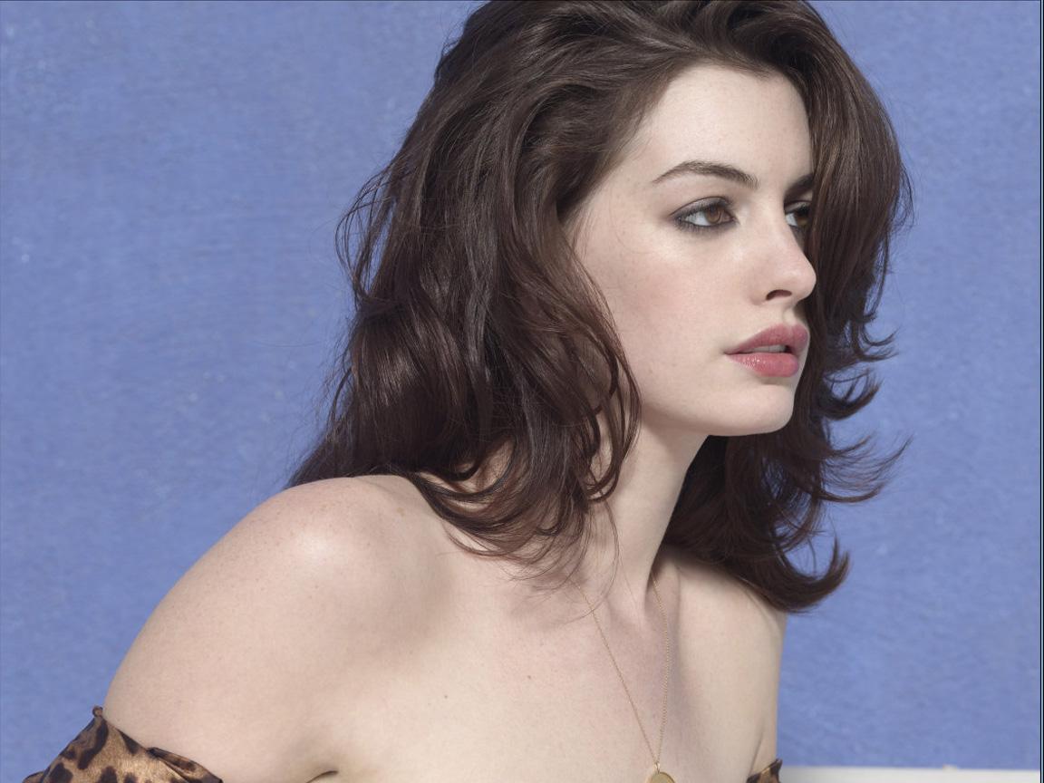 Hathaway pics foto 65