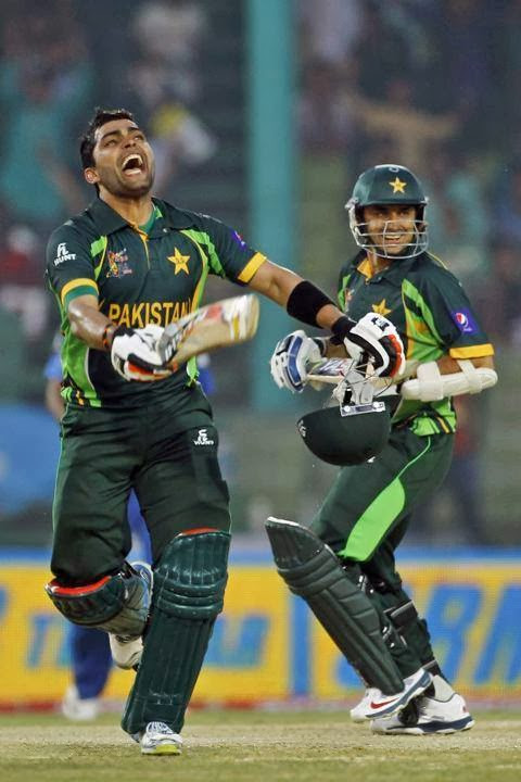 Umer Akmal, Intresting, In pictures, Picture News, sports news, Pakistan Team, Pak vs Afghanistan, Cricket Wallpapers,