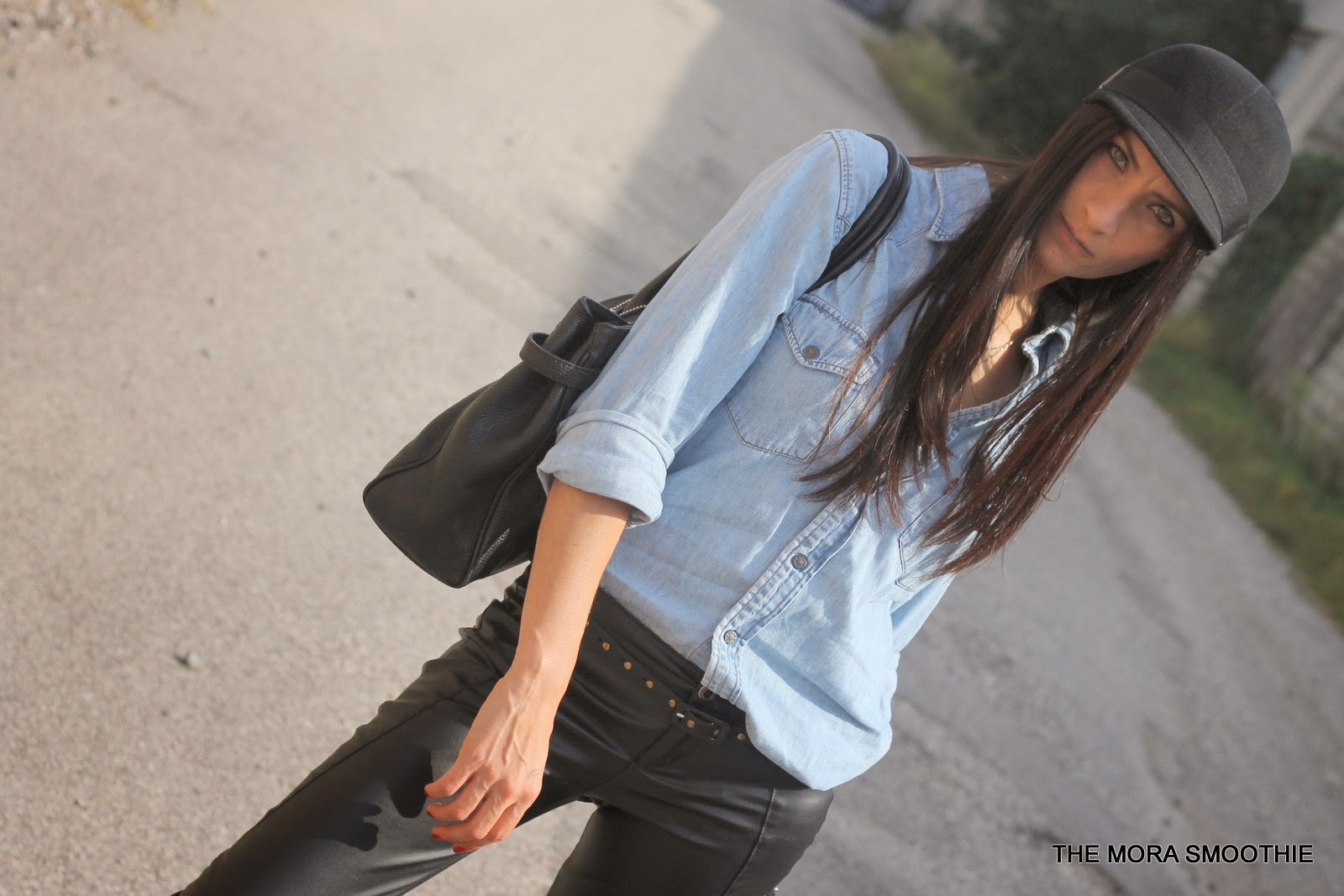 themorasmoothie, fashion, fashionblog, fashionblogger, hat, headict, italianfashionblog, fashionblogitalia, fashionbloggeritaliana, shopping, levi's, shoppingonline, pants, skirt, bag, look, outfit, ootd, lookoftheday, streetstyle