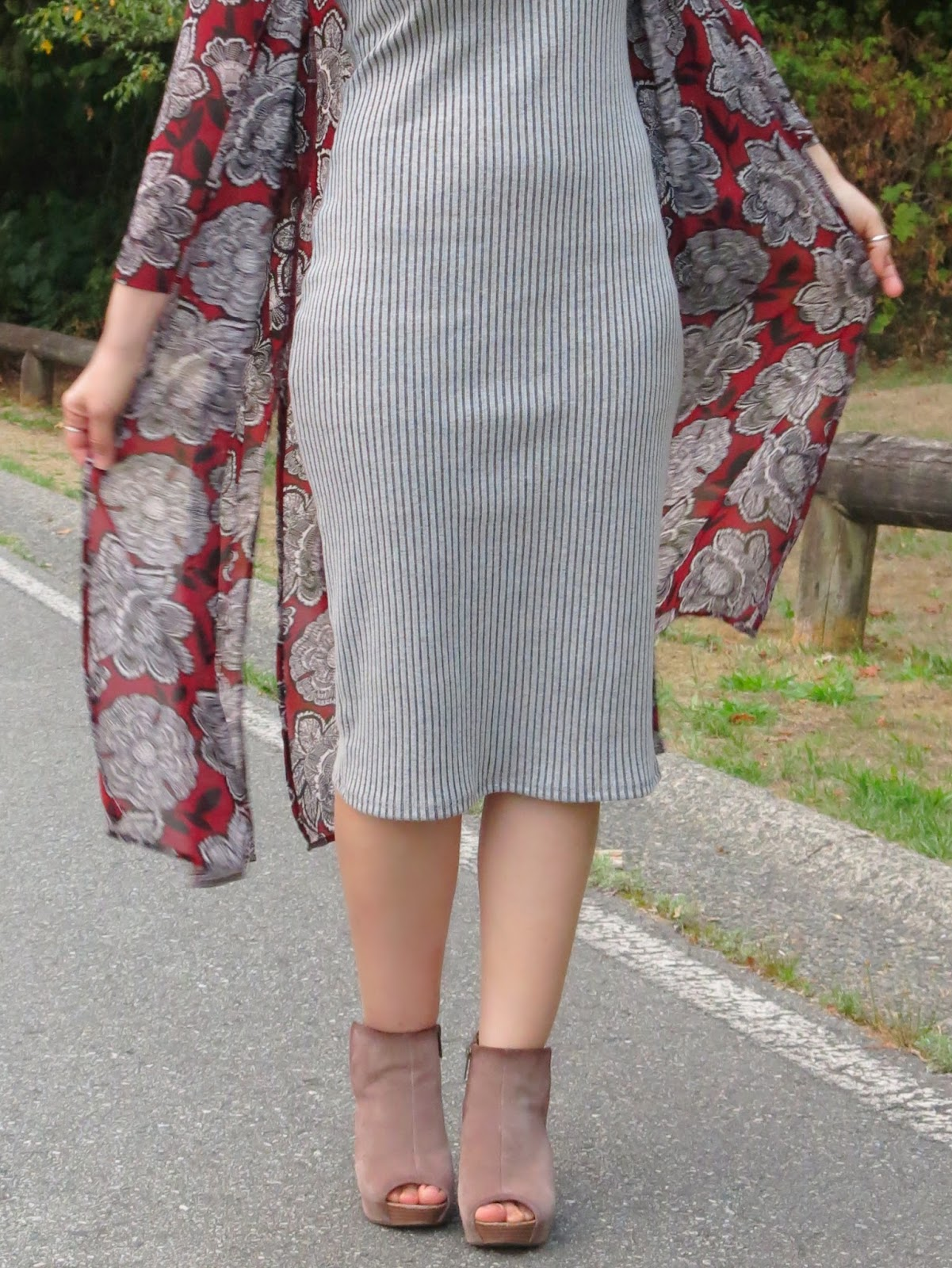 styling a minimalist grey tank dress with a floral kimono