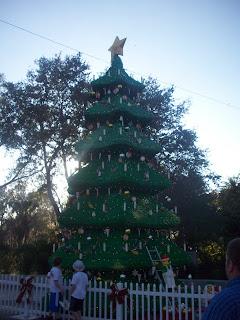 A Lego Christmas tree!