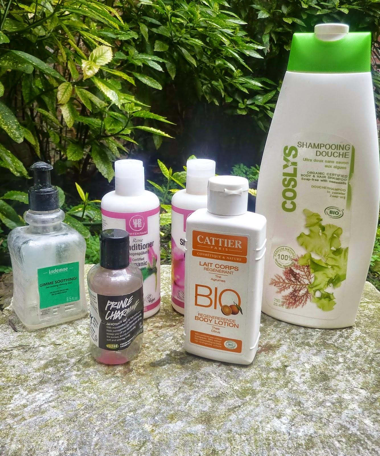 produits-termines-mars-2015-gel-douche-coslys-lush-shampoing-Urtekram-cattier-alessaknox.be