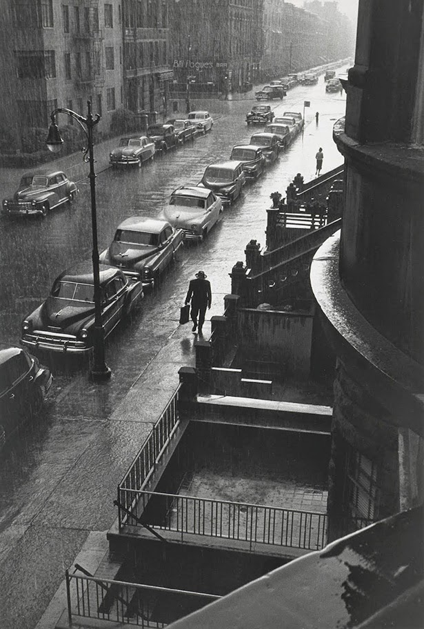 man in the rain new york city 1952 vintage everyday. Black Bedroom Furniture Sets. Home Design Ideas