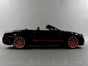 Xe mô hình tĩnh Bentley Continental Supersports Convertible ISR hiệu bBurago tỉ lệ 1:18