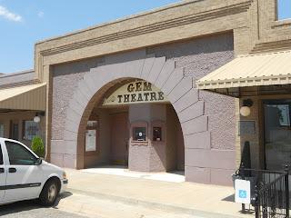gem theater in claude texas