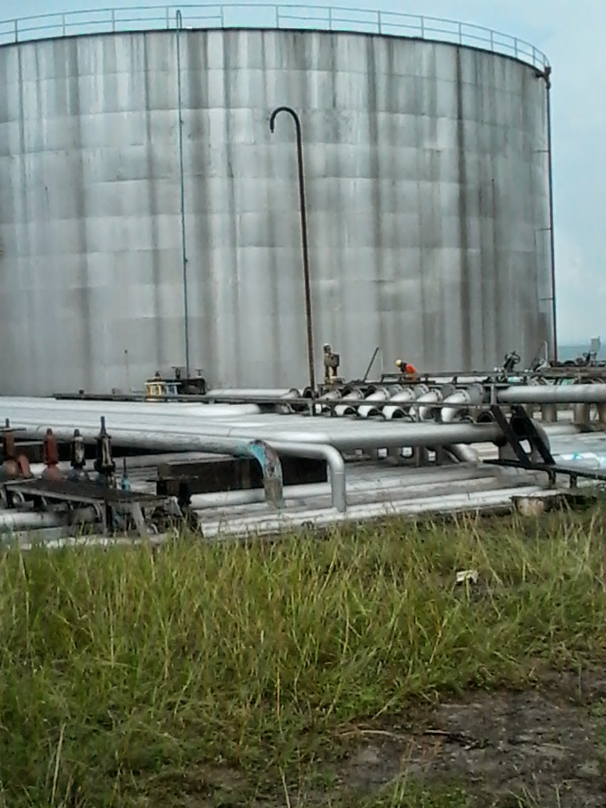 lokasi pemotongan pipa minyak