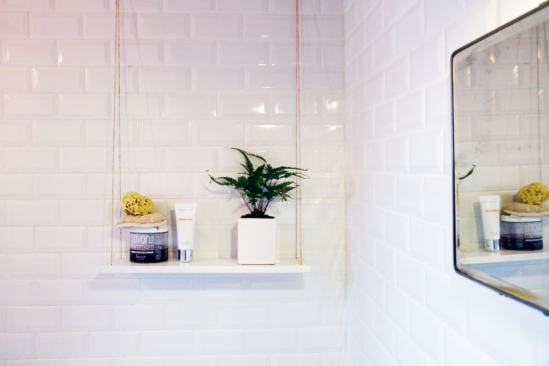 merci raoul diy etag re suspendue facile facile. Black Bedroom Furniture Sets. Home Design Ideas