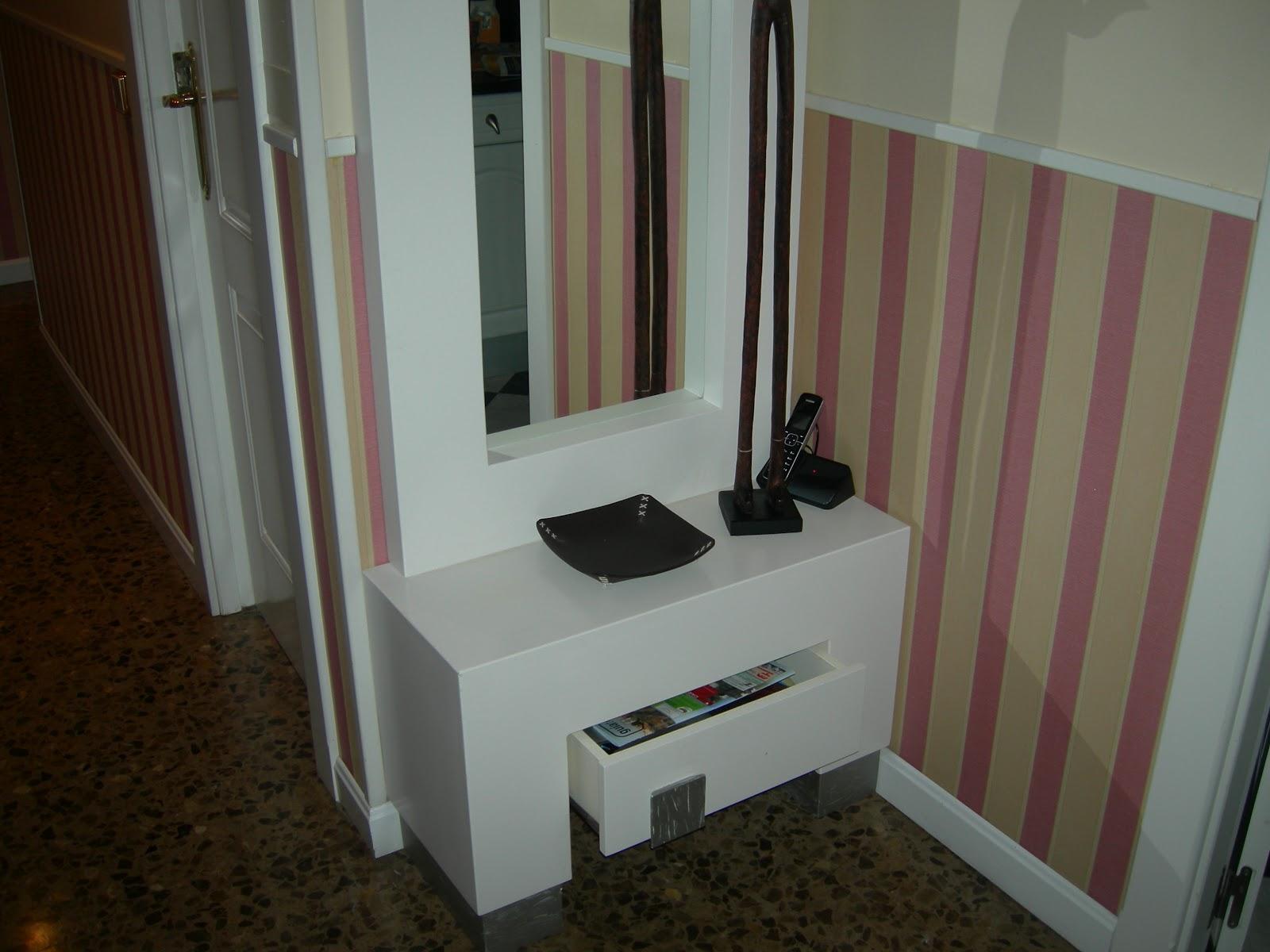 Mueble de madera lacado en blanco trabajos de madera - Muebles pintados en plata ...