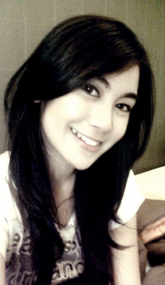 Foto Anisa Terbaru