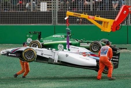 E o sonho de uma corrida, acabou na primeira curva.