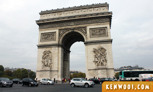arc detriomphe paris