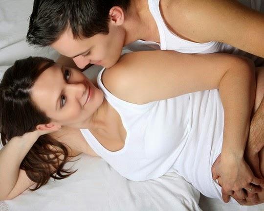 Nên quan hệ bao nhiêu lần 1 ngày khi muốn có thai?